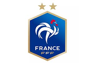 """法国夺冠,""""高卢雄鸡""""再次捧起大力神杯,国家队LOGO设计再添""""星"""""""