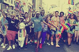 非常欢乐,非常骄傲!2018 NYC Pride艺术活动骄傲游行vi系统全面升级