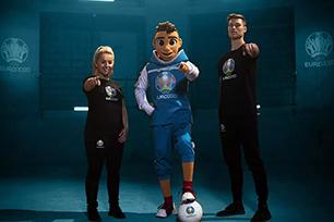 """2020年欧洲杯吉祥物设计首亮相,网友大呼""""受不了"""""""